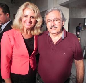 Vereadora com o prefeito Dartagnan Calixto Fraiz.