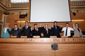 A nova Mesa Diretora da Câmara de Curitiba assume em 2 de janeiro de 2015. (Foto - Chico Camargo/CMC)