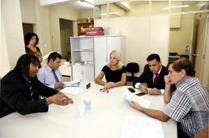 Comissão de Saúde acatou o trâmite do projeto que pretende tornar obrigatória a divulgação da existência de tratamento gratuito para dependentes de tabaco oferecida pelo SUS. (Foto – Chico Camargo/CMC)