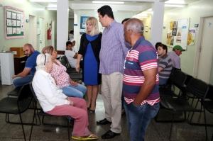 """""""O problema desta unidade é o mais comum, a falta de médicos para atender a população"""", avaliou Noemia Rocha. (Foto: Chico Camargo/CMC)"""