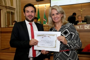 tribuna_certificado_ak